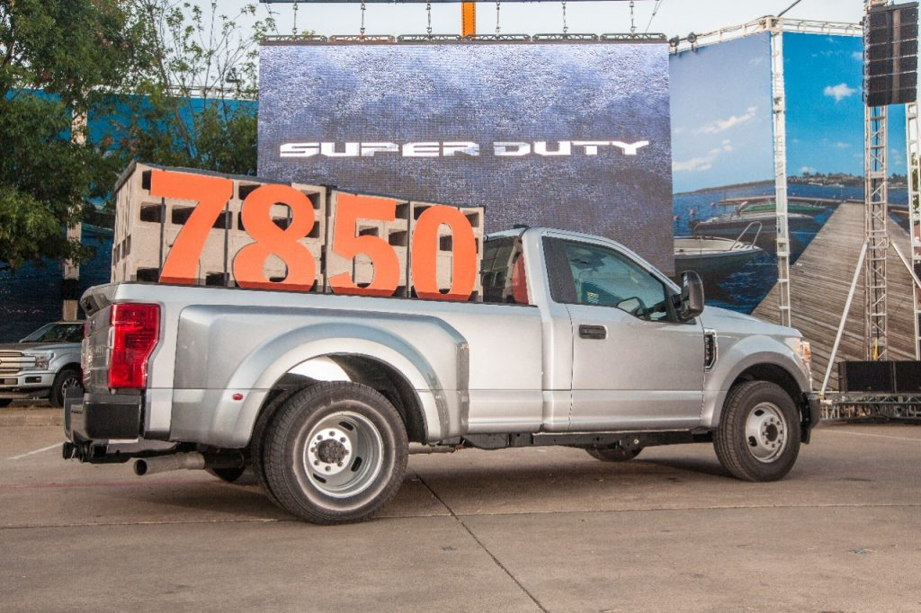 Best Ford Diesel Engine >> 2020 Ford F Series Super Duty Debuts With 1 050 Lb Ft Of Torque